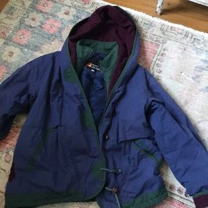 Button hooded puffy jacket